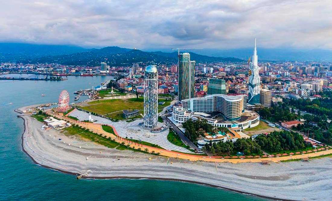 фото городской пляж батуми что